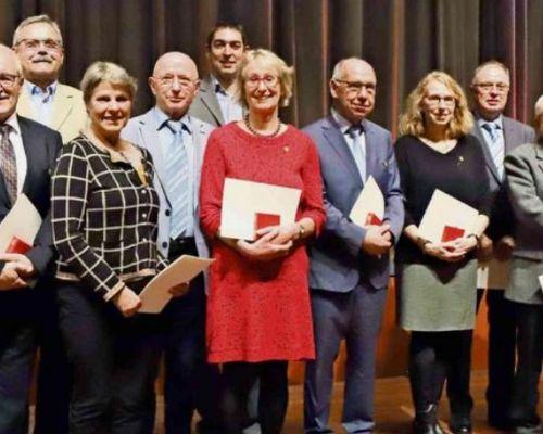 Foto:Britta Wackenheim - 5.te von rechts (P. Sigerist, Fellbacher Zeitung)